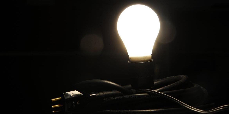 Governo cria bandeira 'escassez hídrica' de R$ 14,20 por 100 kWh